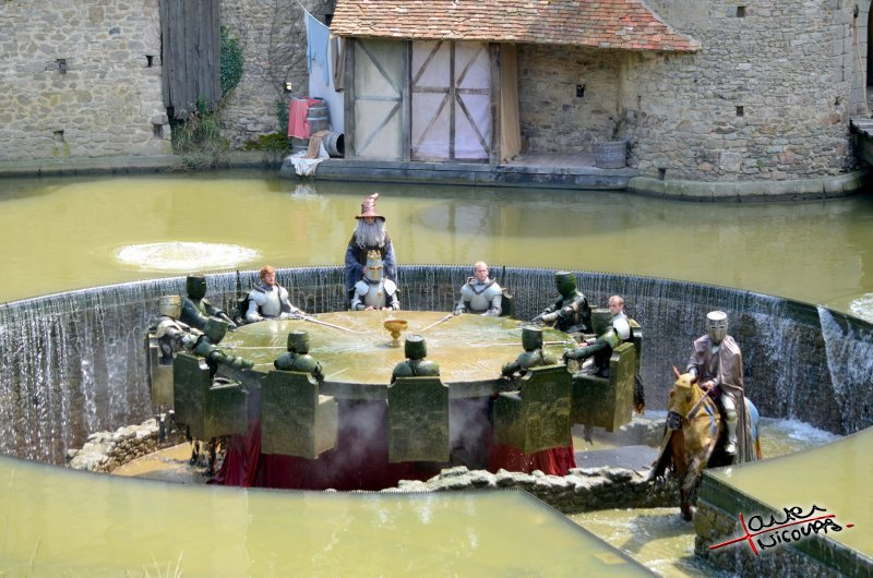 Puy du Fou - Les chevaliers de la table ronde (09)