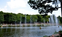 Puy du Fou - Jets d eau de jour (02)