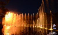 Puy du Fou - Jets d eau de nuit (10)