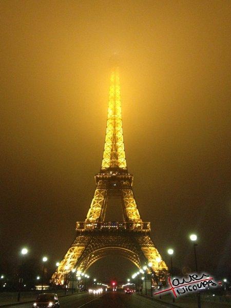 La tour Eiffel apres une soiree au Shangri-La Hotel (4)