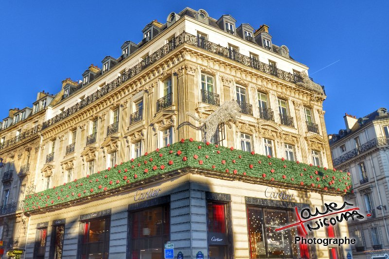 Champs Elysées - Paris - Cartier